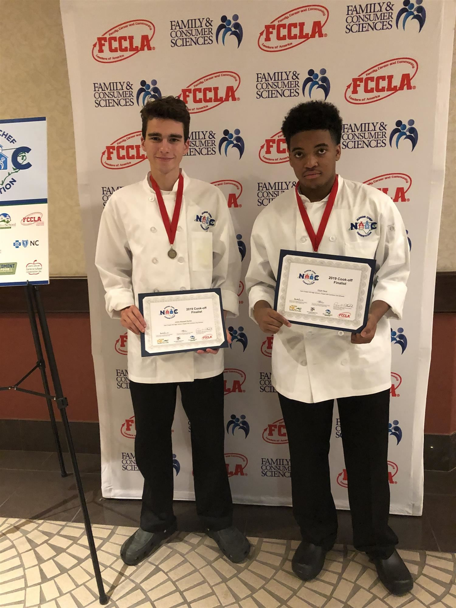 East students with Jr Chef awards