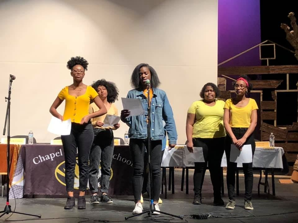 six CHHS students at BHM event