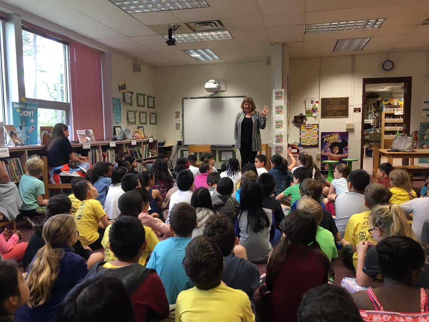 Mayor visits GES