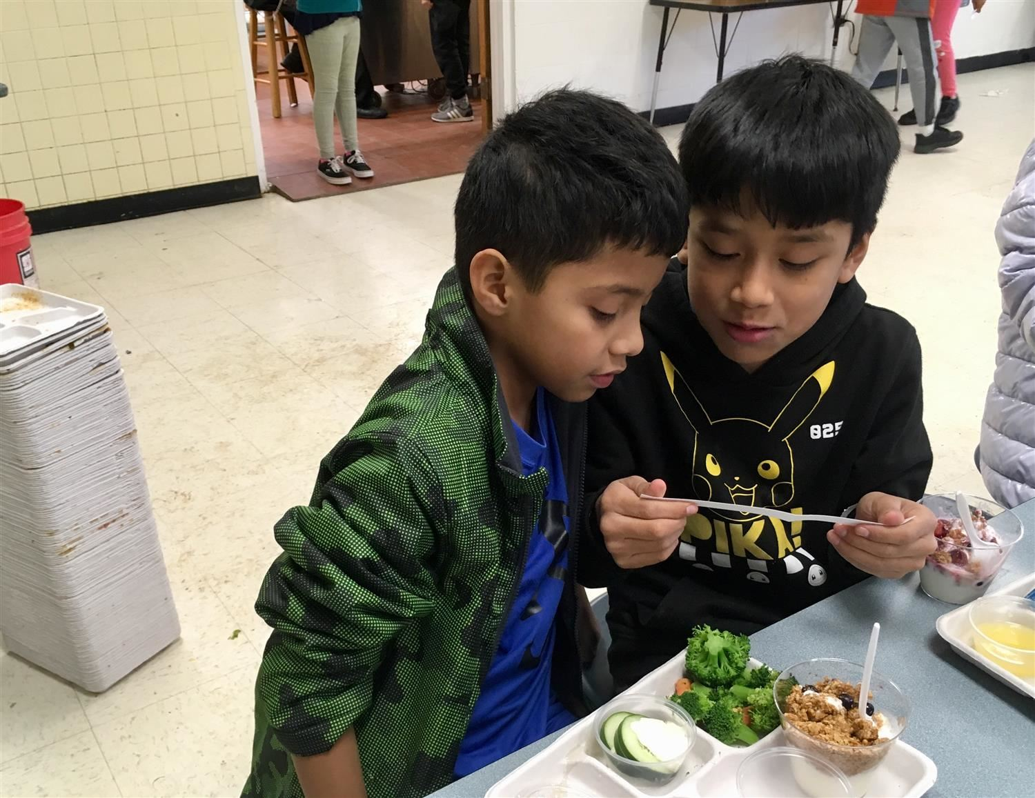 two FPGB students at Mix it Up lunch