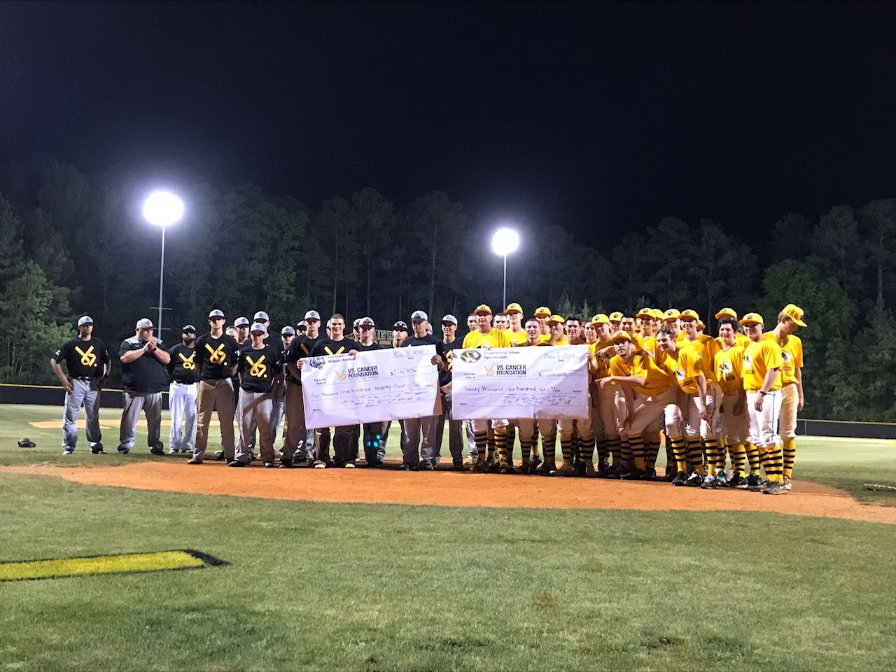 CHHS and East baseball for Vs Cancer